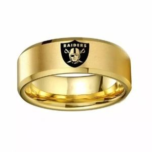 Jewelry - Gold Oakland Raiders Ring